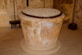 Pila bautismal de Casta